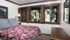 Unit-100s-bedroom-5_640x427