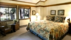 unit-121-bedroom-1_640x426